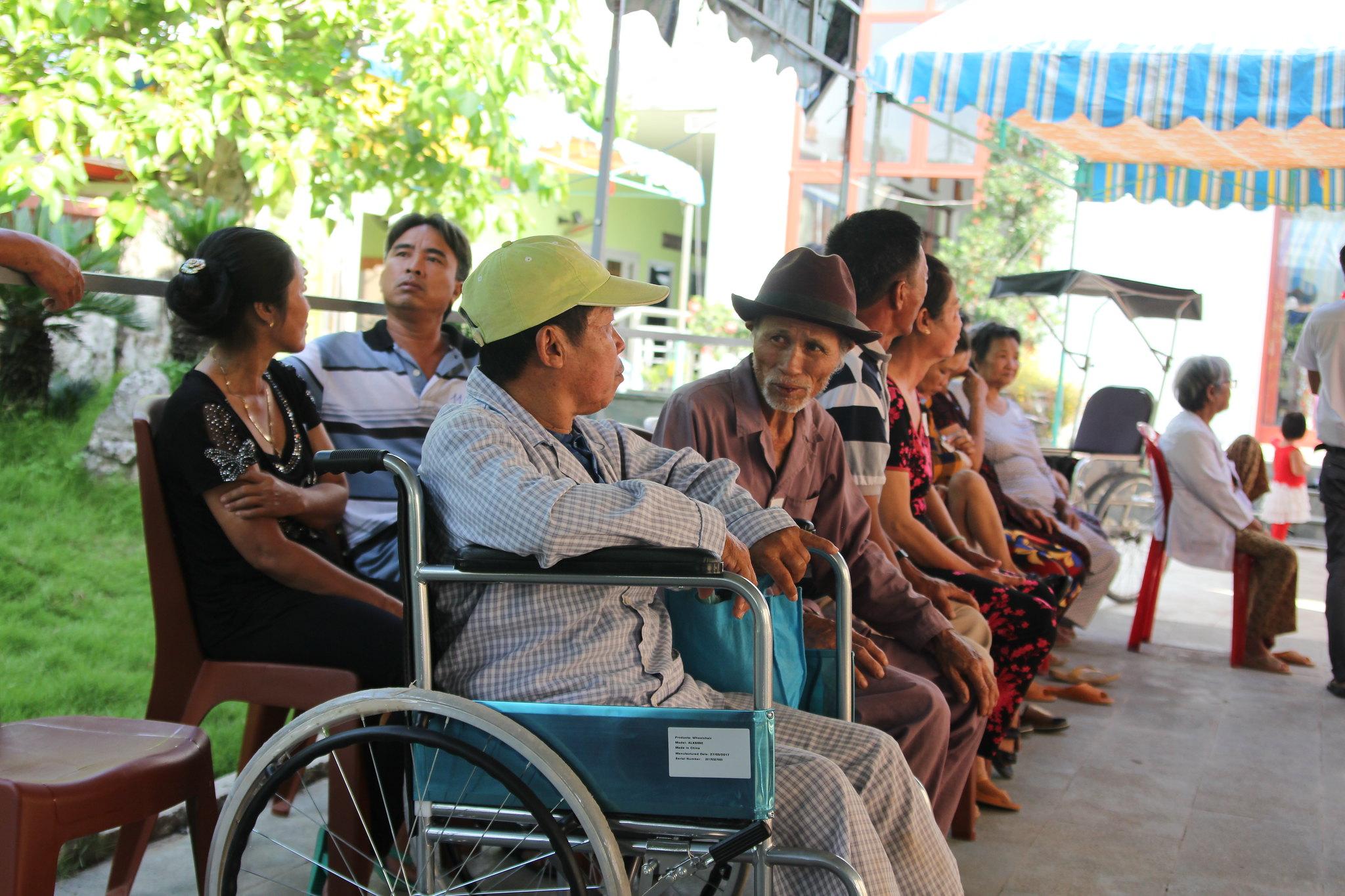 Caritas TGP Sài gòn khám bệnh