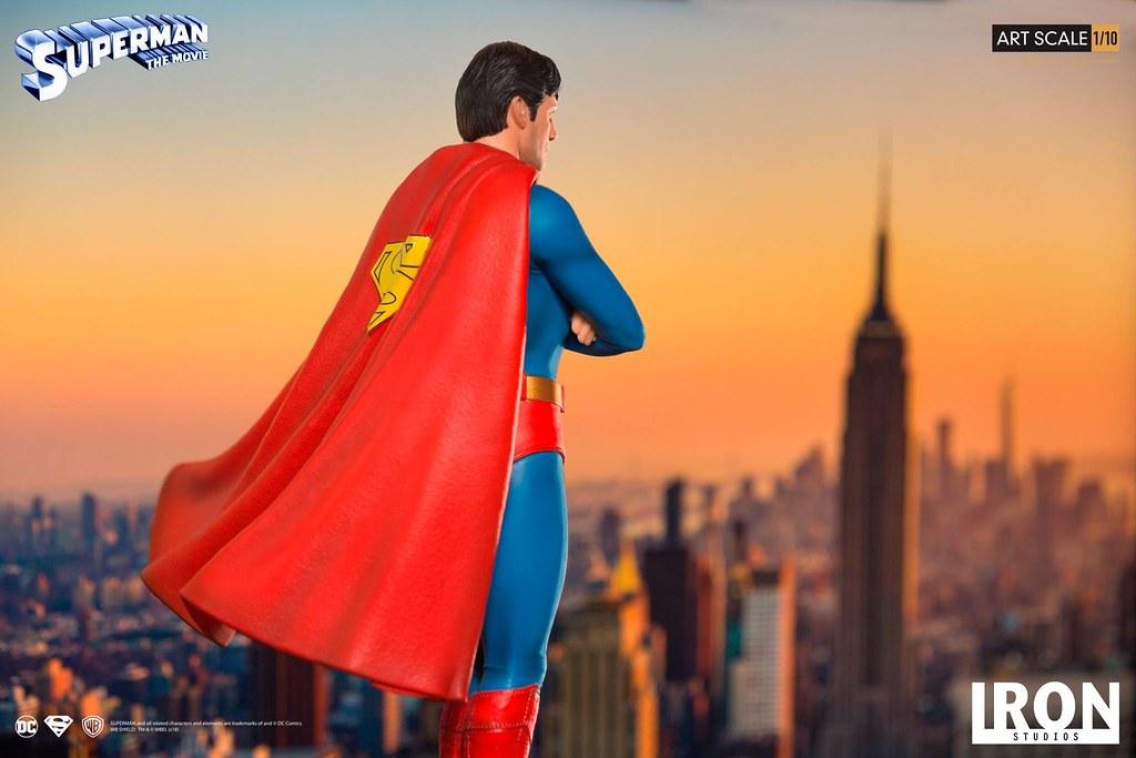 超人迷心中的經典呀~ Iron Studios《超人(1978)》超人 豪華版 Superman: The Movie Superman Deluxe 1/10 比例全身雕像作品