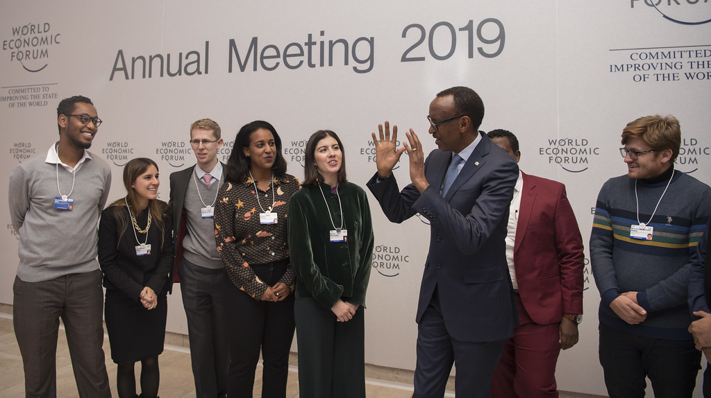 President Kagame meets with Global Shapers members on the sidelines of the World Economic Forum | Davos, 24 January 2019