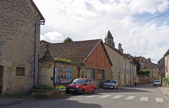 Saint-Seine-l'Abbaye (rue Gambetta) fontaine • 2041 - Photo of Pellerey