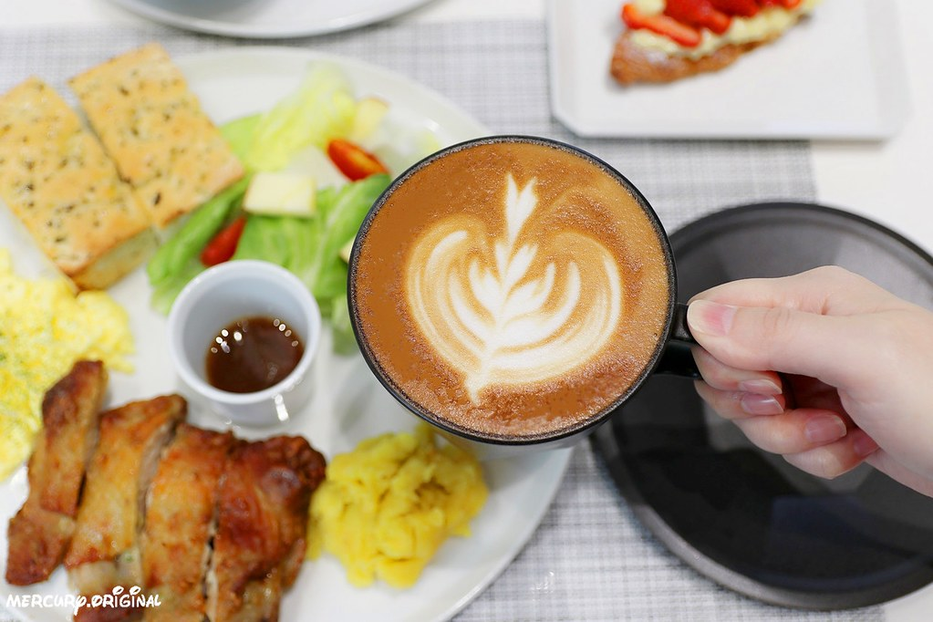 31884181997 b17d0cbda6 b - 熱血採訪|一物立方cubix,輕食早午餐咖啡甜點,結合日系選物、公路單車
