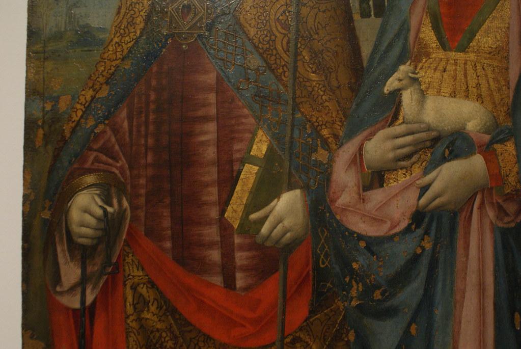 Détails de tissus et vêtements renaissance au Beaux Arts ligures à Gènes.