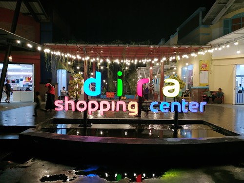 Dira Shopping Center Kencong