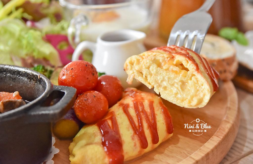 采咖啡 台中不限時 早午餐 美術館綠園道 國美館25