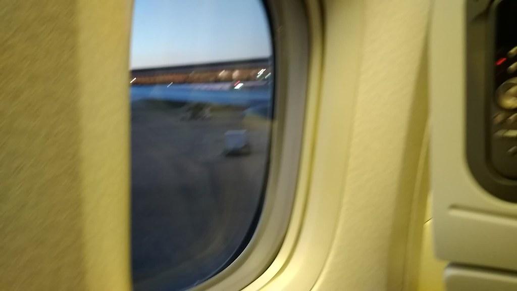 全日空客机