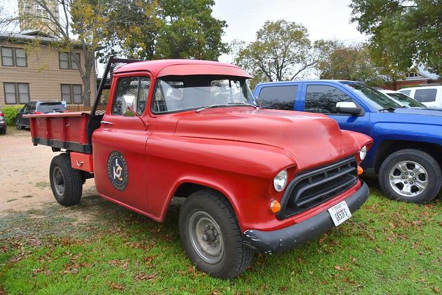 Classic Truck HTT, Nikon D7200, AF-S DX Nikkor 18-300mm f/3.5-6.3G ED VR