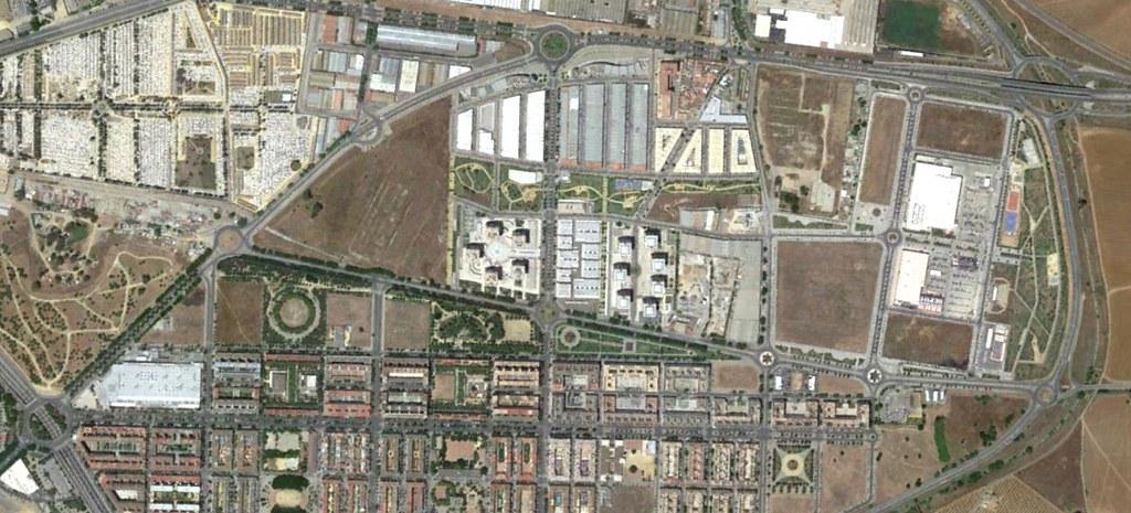 pino montano, sevilla, monty pino, después, urbanismo, planeamiento, urbano, desastre, urbanístico, construcción, rotondas, carretera