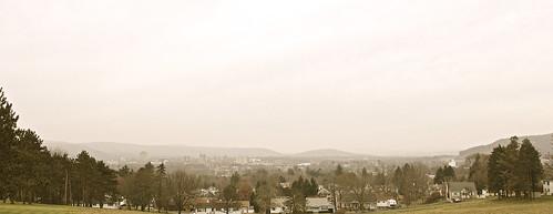 binghamton newyork greygloomymorning cold wet overcast upstatemedicaluniversity binghamtonlandscape appalachianmountains