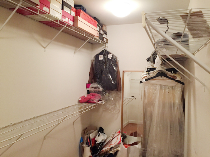 closet with builder-grade wire shelf