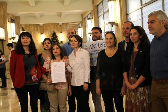 En Contraloría por despidos en Ministerio de la Mujer (30-11-2018)