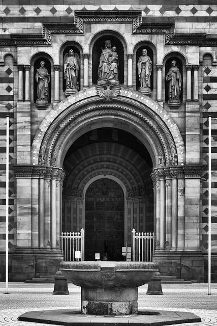Entrance of the Speyer Dom.