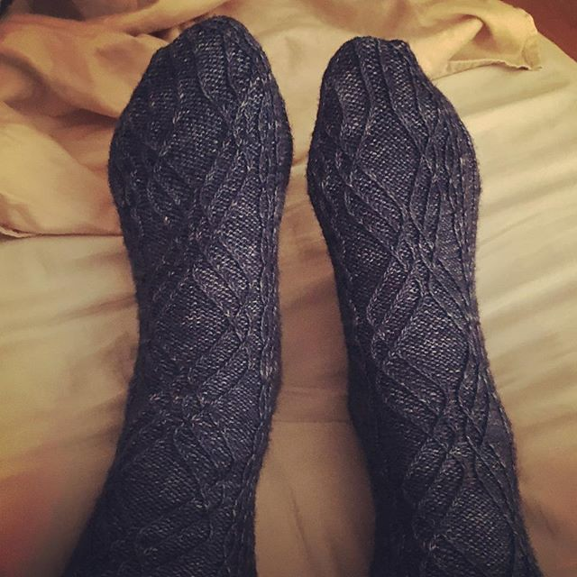 First finished project of the year. Just in time for the cold snap. #knitting #sockknitting #lissajousfigures #bedsocks #fiberstashdyeworks