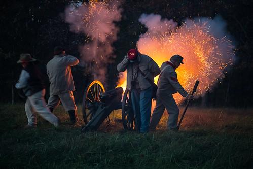 americanhistory battleofmillsprings civilwar civilwarreenactor confederatearmy millspringsbattlefield pulaskicounty ushistory zollicofferpark battlefield canon reenactment reenactor