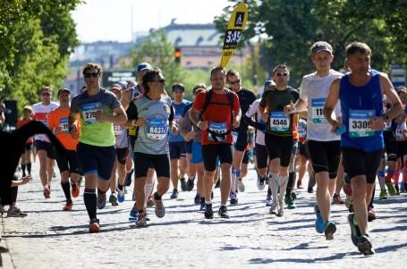 TRÉNINK: Připravte se na jarní maraton se speciálem Běhej.com
