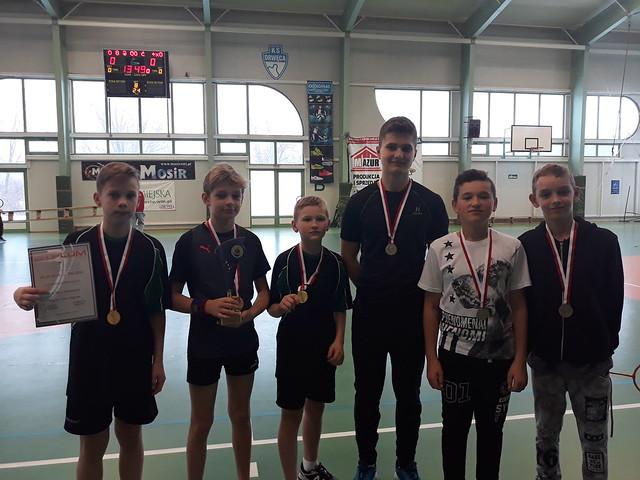 Zawody badminton