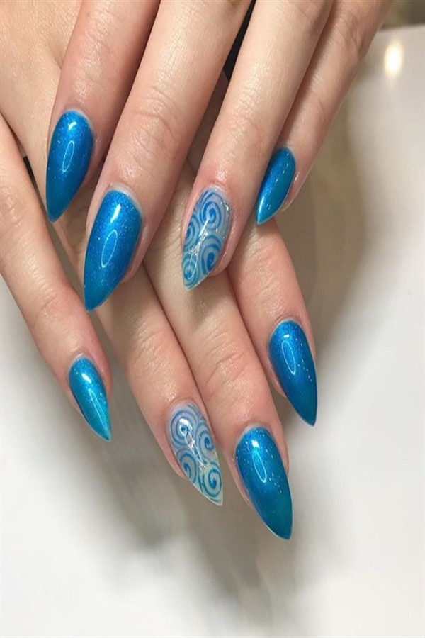 25+ Perfect Short Stiletto Nail Art Designs #short_nail_art #stiletto_nails #nail_art_designs