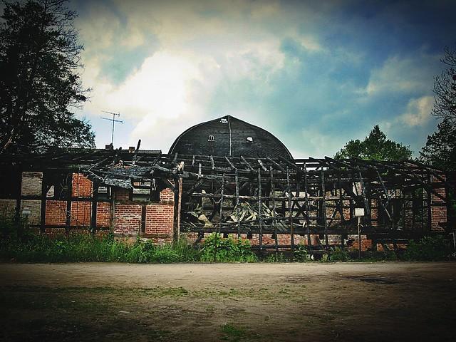 Haus mit Burnout-Syndrom, Canon POWERSHOT G2