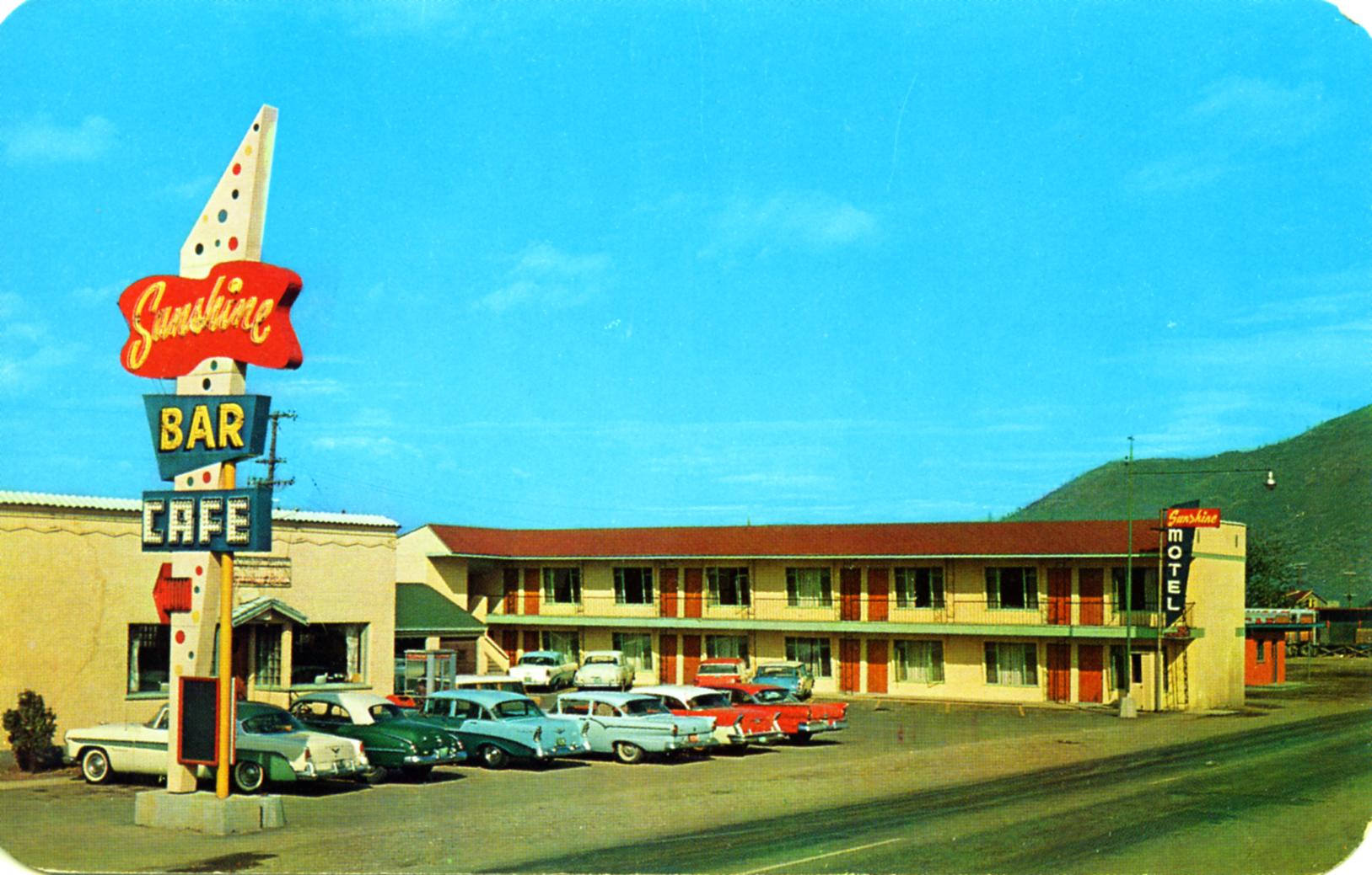 Sunshine Motel - 301 West Cameron Avenue, Kellogg, Idaho U.S.A. - 1950's