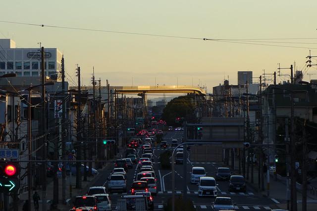 九条油小路の歩道橋から南方面 (2019/01)