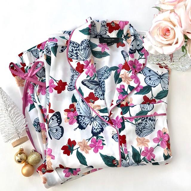 Ann Taylor Printed Pajama Set