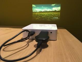 Chromecast + EZCast Beam J2