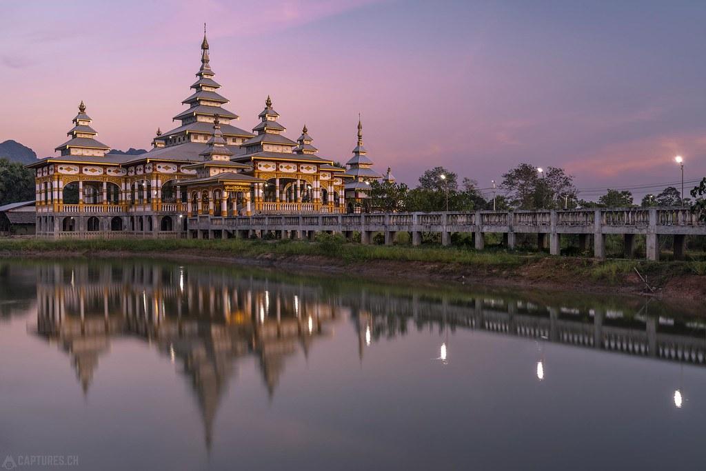 Dusk - Chan Thar Gyi Buddha Temple