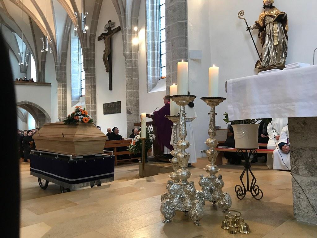 Requiem und Verabschiedung in Steinerkirchen