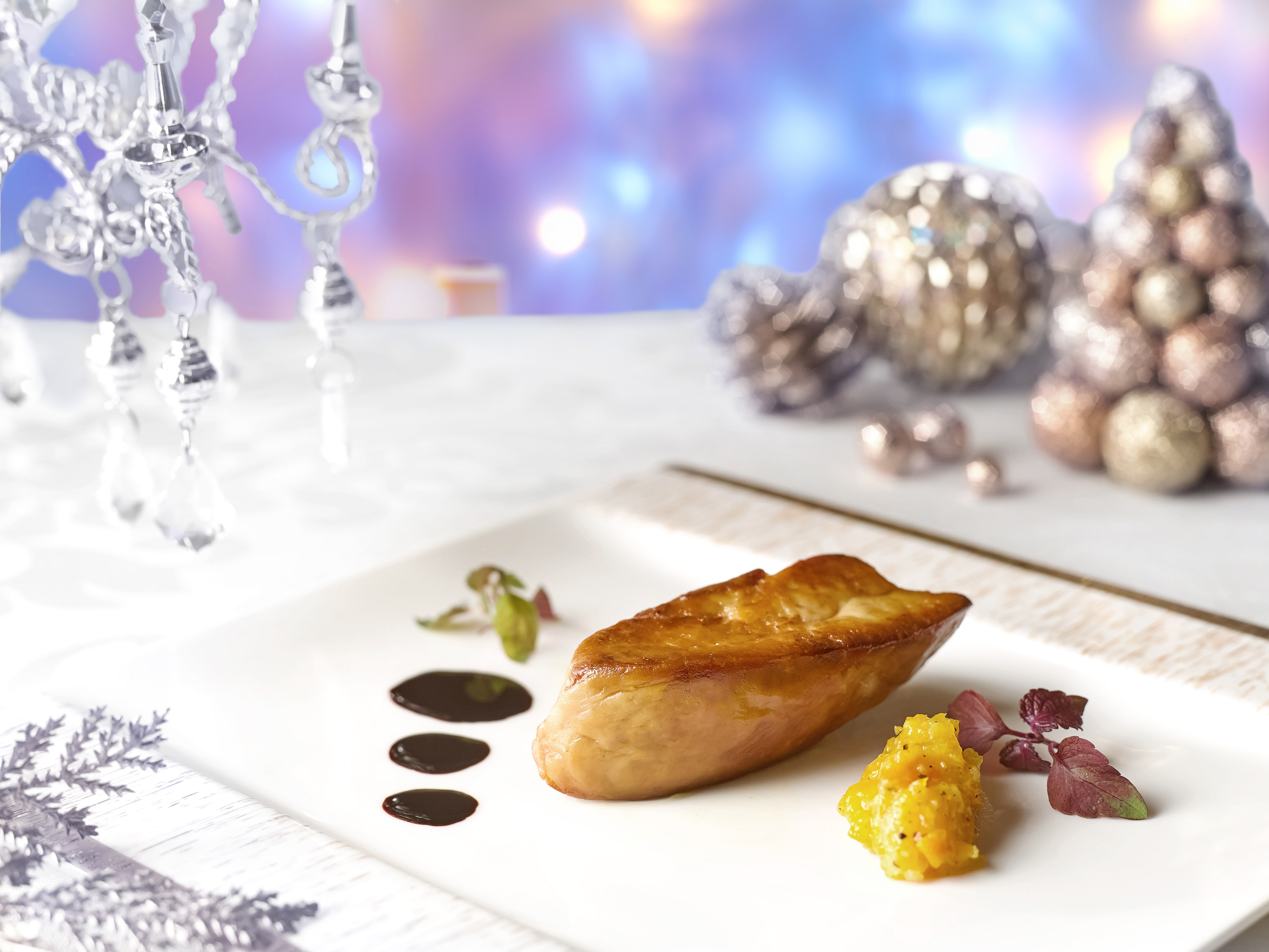 Marriott Cafe - Pan Fried Duck Foie Gras with Chutney, Relish and Brioche
