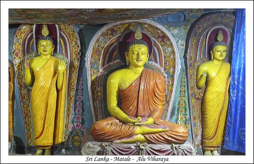 bouddha bouddhaassis ceylan img1890 srilanka temple matale lk