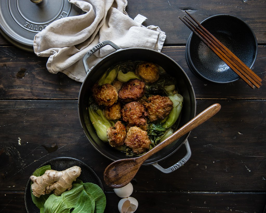 shanghainese lion's head meatballs, from a common table