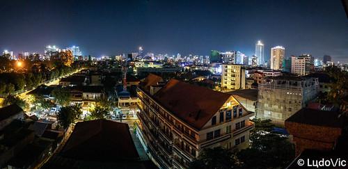 phnompenh cambodge cambodia capital citytrip cityscape city night nightcity landscape panorama panoramique panoramic asia asian asie travel trip novembre november 2018 lцdоіс voyage kamboscha south east