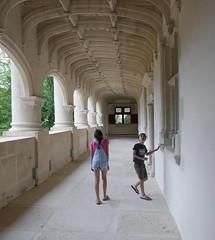 Beware The Ceiling - Photo of Vergné