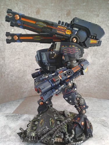 KX139 Taunar Supremacy Armour with Battlesuit Commander00023