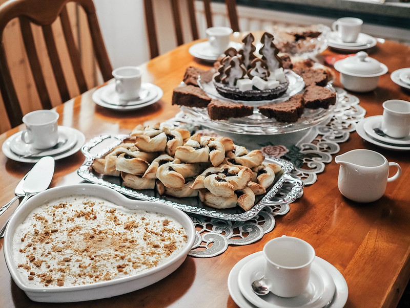 PC245007,PC244994, piparkakkujäädyke, gingerbread parfait, jäädyke, parfait, kakku, cake, recipe, ohje, ruoka, food, christmas, joulu, jälkiruoka, dessert, raikas kakku, fresh cake, joulu jälkiruokapöytä, christmas dessert table,