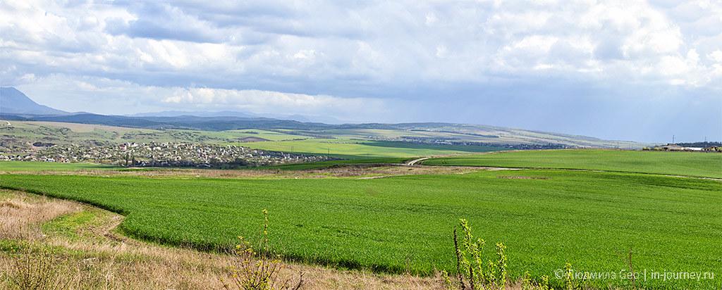 Панорама окрестностей Симферополя
