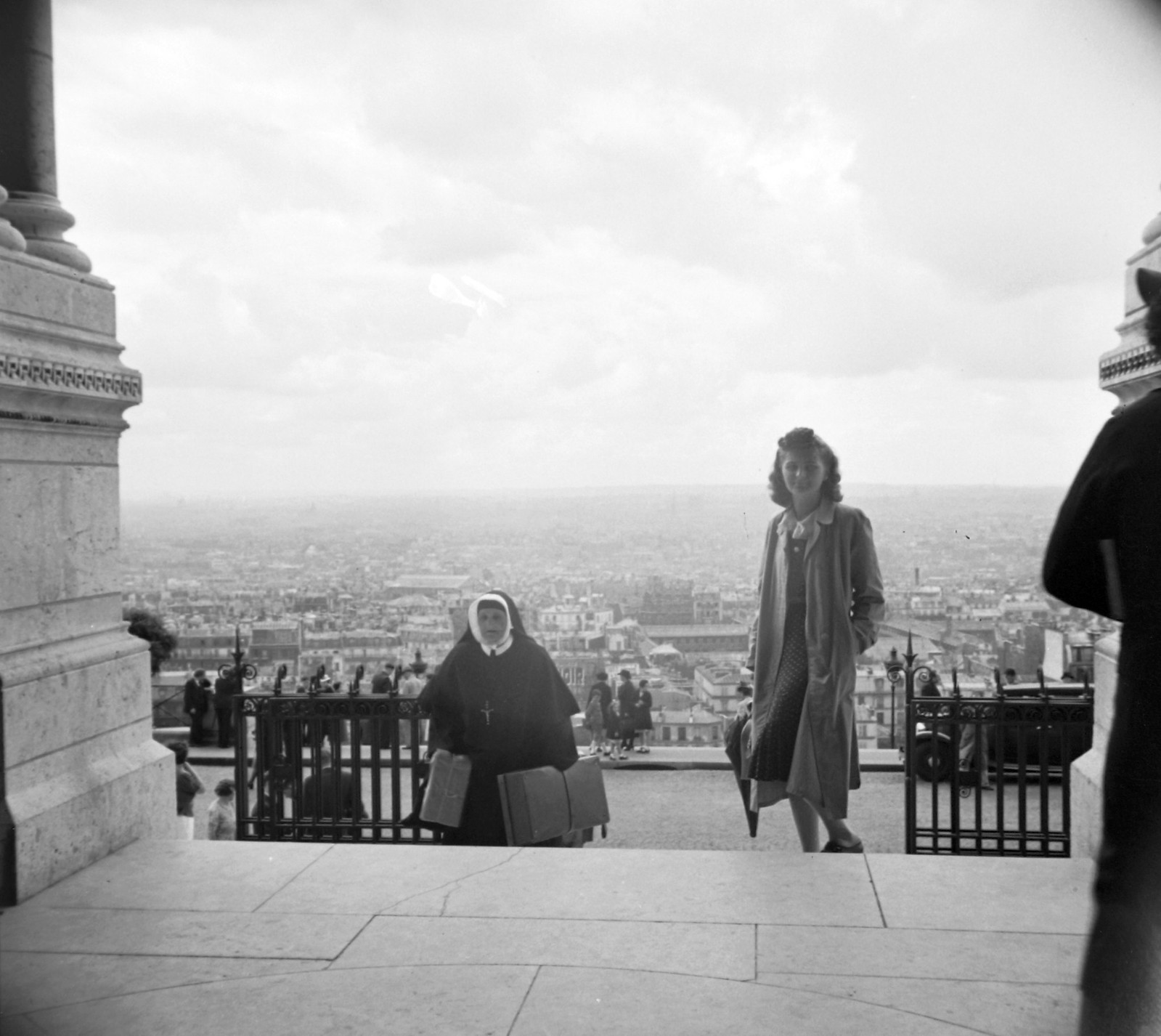1939. Вид на город от базилики Сакре-Кер