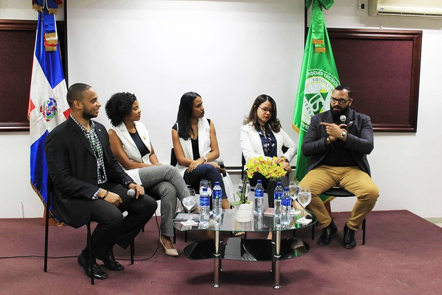 Panel: 'Mi Primer Empleo, Turismo - UTESA