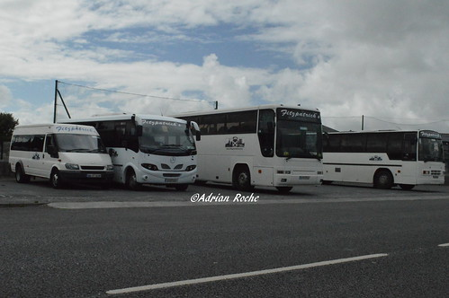 Fitzpatrick's Of Listowel Dennis Javelin (92-KY-3901), Plaxton Premiere (97-D-67529), Mercedes Eurocoach LX33 (07-KY-632) & Ford Transit (04-OY-3532).