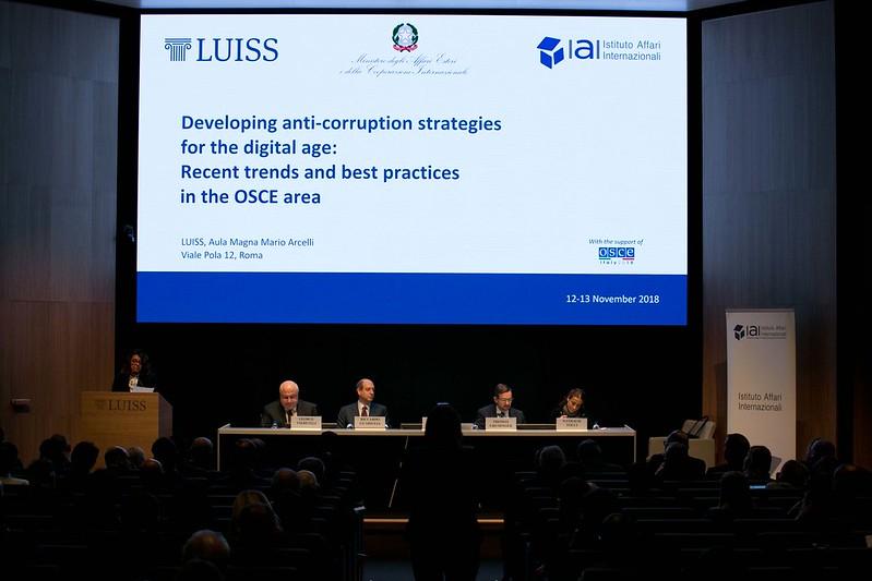 Strategie per prevenire ed eliminare la corruzione nell'era digitale