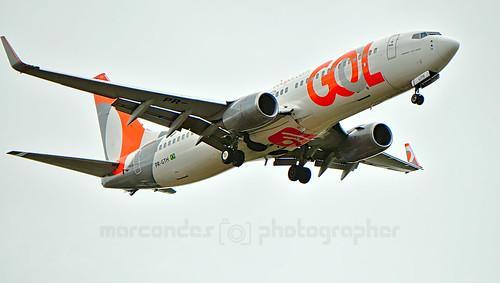 Boeing 737 - 8EH