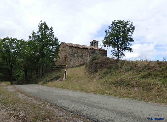 Solsonès 18 -03- Veinats de Guixers i Valls -05- Sant Martí de Guixers (Romànic) -02- Global 01 - Desde parking