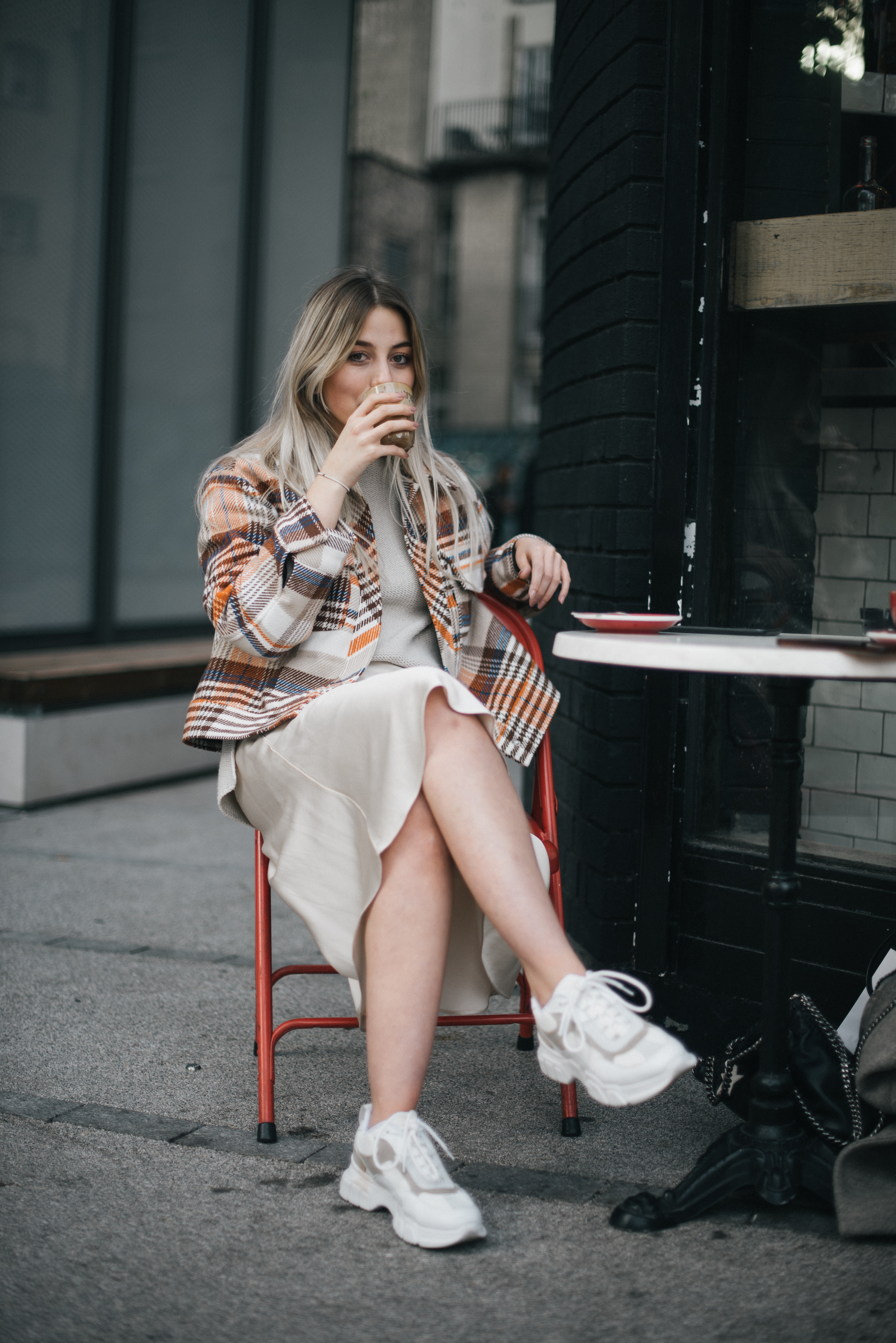 can bloggers ever do right?