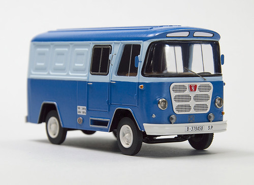 furgon-nazar-azul-combi-1