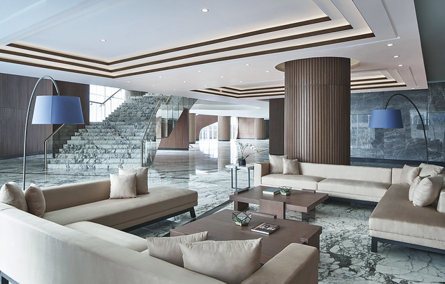 MH_JOGMC_Ballroom_Foyer_Sofa