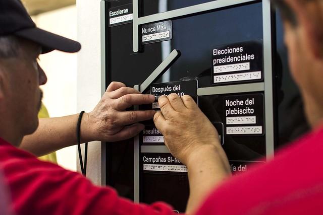 Zona Recuperación de la Democracia - Visita Colegio de Ciegos Santa Lucía