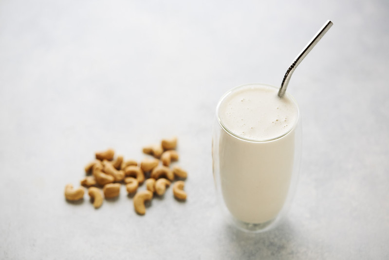 Easy No-Strain Cashew Milk