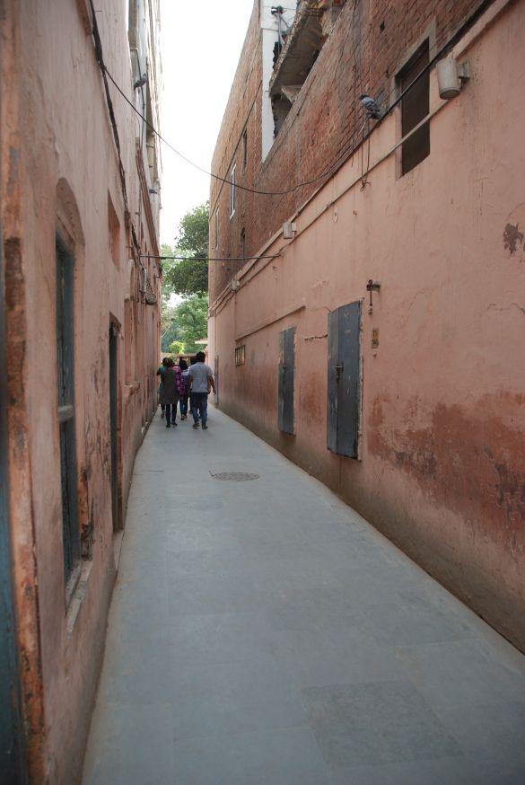 DSC10059AmritsarJallianwalaBaghMassacreToegangsweg