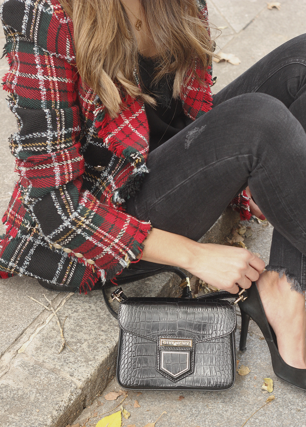 Tartan blazer black outfit heels givenchy bag street style fall outfit 20184318