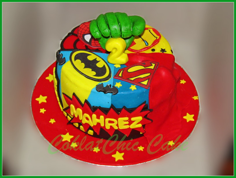 Cake Superhero MAHREZ 15 cm