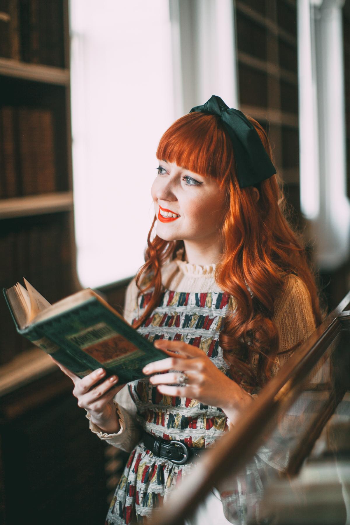 book dress-9